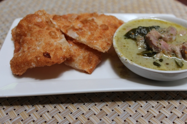 Thai Green Curry with Thai-style roti
