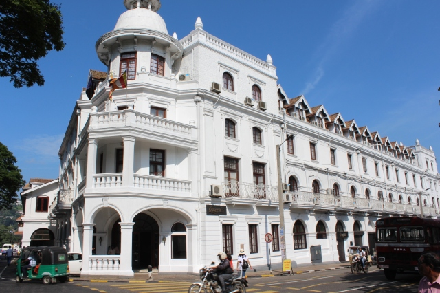 Queen's Hotel in Kandy