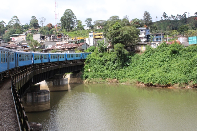 Train from Nanu Oya to Kandy