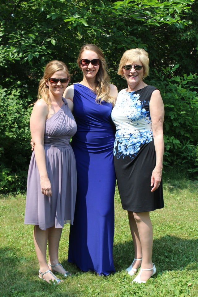 The Rettenmier Ladies looking terrific