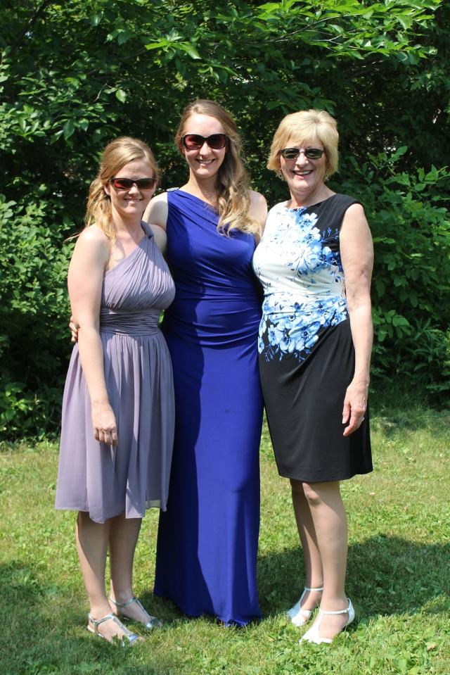 The Rettenmier Ladies looking terrific
