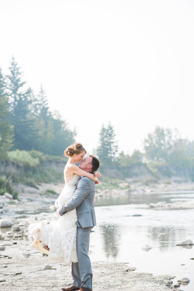 A nice kiss along the Mighty Red Deer River